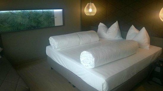 Adlers Hotel : Bett