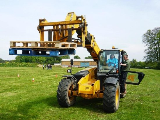 A Day in the Country: JCB Telescopic Loader