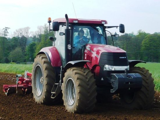 A Day in the Country: Cultivating with the large Case tractor