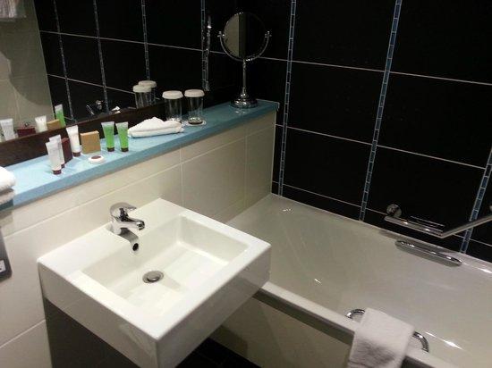 Carlton Hotel Blanchardstown : En-suite