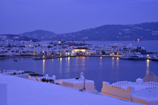 Porto Mykonos Hotel : 部屋からミコノスタウン