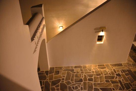 Porto Mykonos Hotel: 部屋の外 おしゃれ