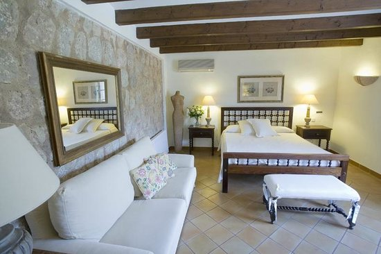 Ca'n Quatre: double room with terrace