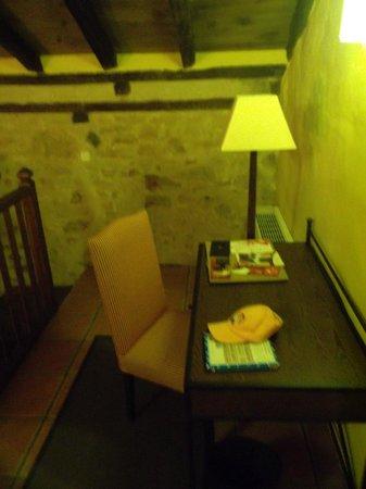 Hotel Plaza de Toros de Almaden: Lámpara de lectura