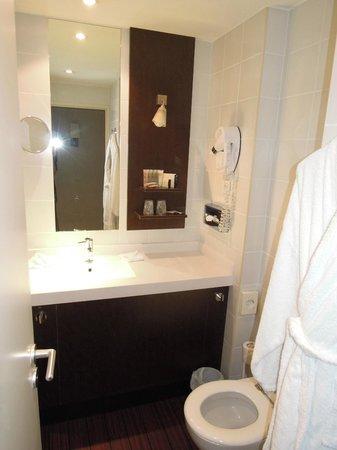 Best Western Hotel Du Pont Wilson: Avec baignoire