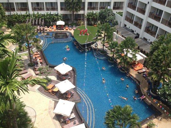 Deevana Plaza Phuket Patong : nice pool