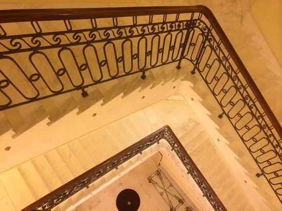 Polonia Palace Hotel: stair case