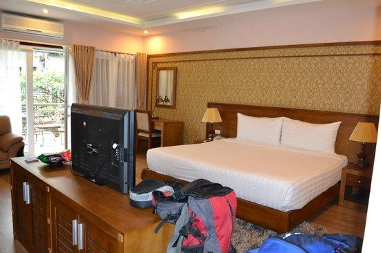 Spring Flower Hotel Hanoi : Room