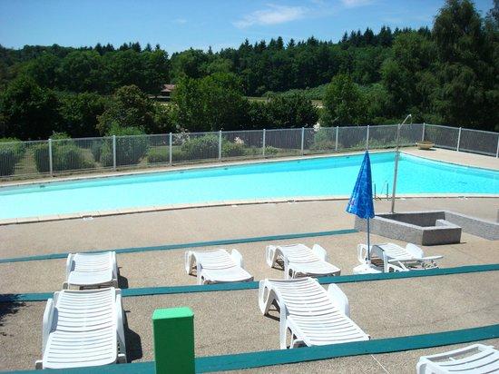 Piscine picture of camping de freaudour saint pardoux for Camping saint malo avec piscine