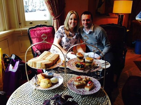 The Kensington: The best afternoon tea!