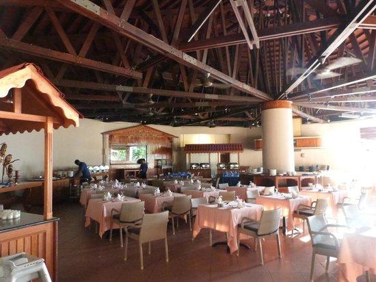 Berjaya Beau Vallon Bay Resort & Casino - Seychelles : Ristorante