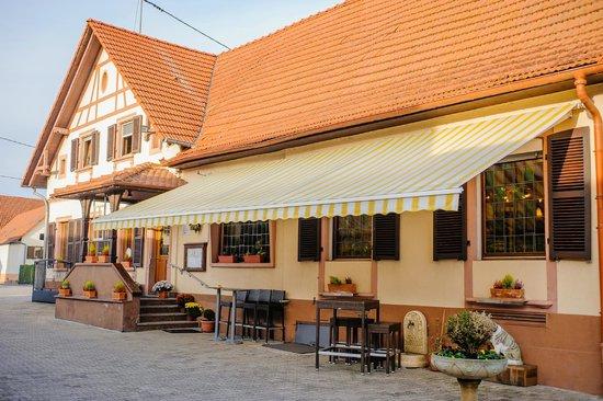 Hotel la Couronne: Terrasse