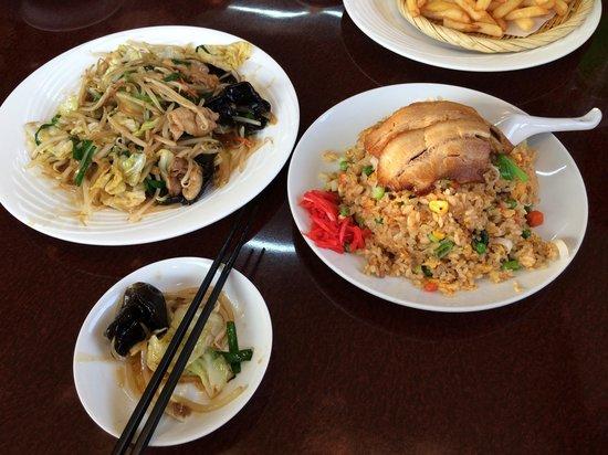 Taiwan Cuisine Daimikan : Adoro  �� yasaiitame chiyahan  ☺️ tudo  uma delicia