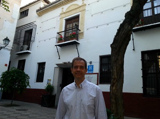 Palacio de Santa Ines: A la entrada del hotel