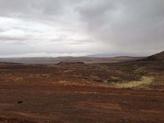 Four Corners Monument : Looking towards New Mexico