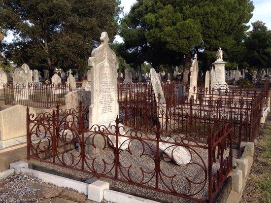 West Terrace Cemetery: West Terrace Graves