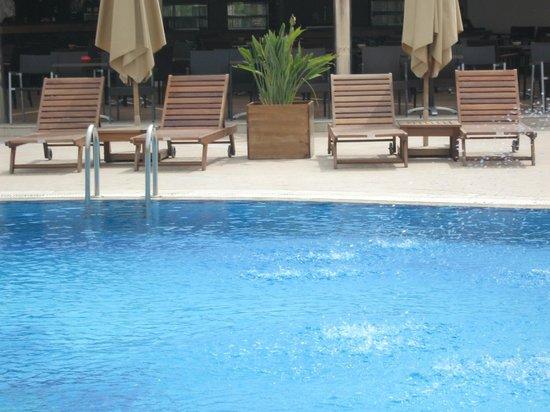 Hotel Royal Nozha: Pool