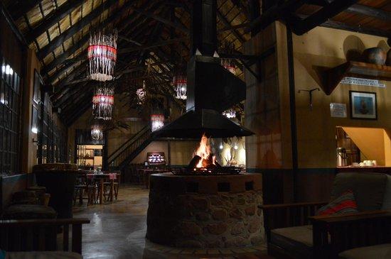 Mashovhela Bush Lodge : La salle à manger
