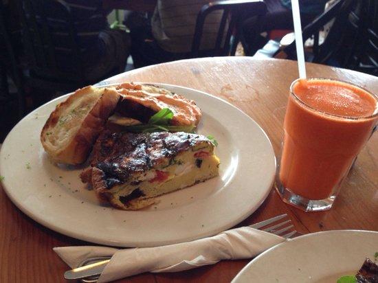 Olympia Cafe: Frittata breakfast