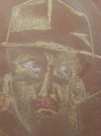 Brown's Towne Lounge: Chalk art