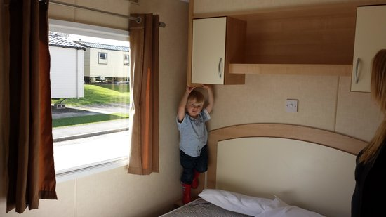 Primrose Valley Holiday Park - Haven: standArd caravan