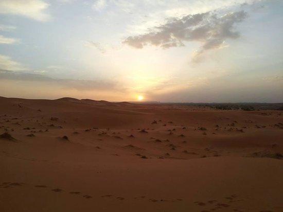 Merzouga Dunes Luxury Camps: interno tenda