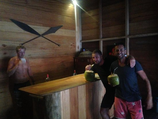 Mentawai Surf Retreat: Fresh vodka coconuts