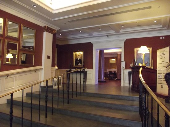 The Westin Dublin: Entrance