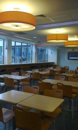 Ibis Budget London Whitechapel Hotel : sala colazione