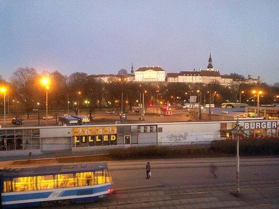 Economy Hotell: Вид из окна