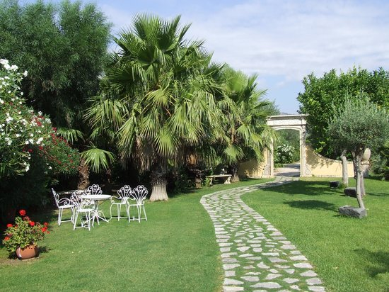 Castello di San Marco Charming Hotel & SPA: Verde in abbondanza