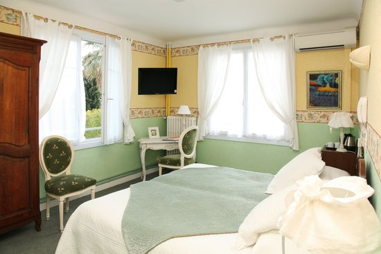Hotel Le Pre Catelan : twinroom without balcony