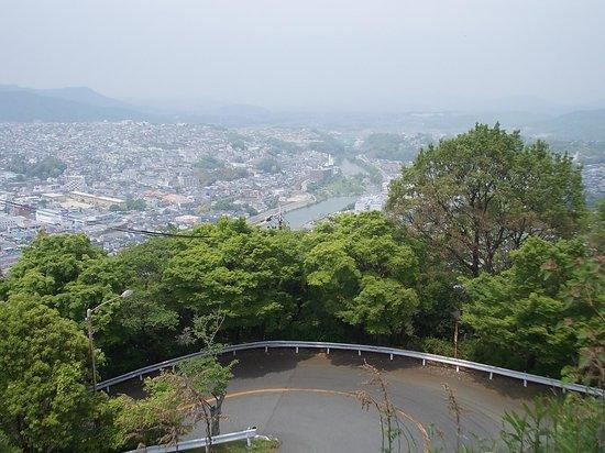 Satsukiyama Driveway