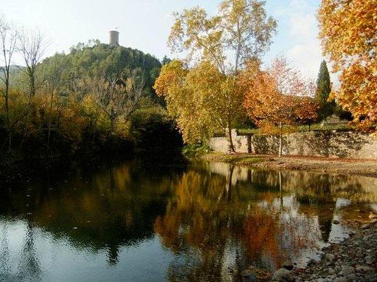 Sant Llorenc de la Muga, Spain: Torre de la Guaita / Watch Tower over the Muga River