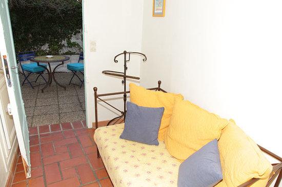 Hotel Le Pre Catelan : Studio 2 persons + 1 child entrance