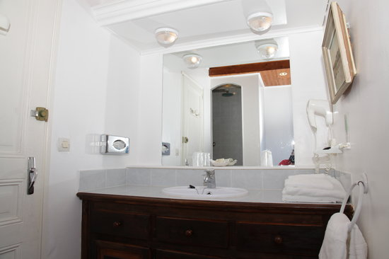 Hotel Le Pre Catelan : Studio 2 persons shower room