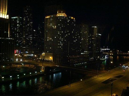 Hyatt Regency Chicago: Looking toward Chicago River