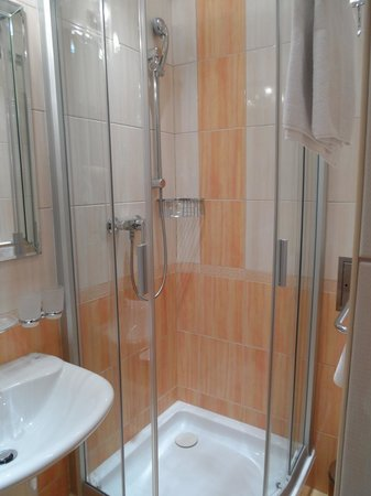 Askania : Shower cabine
