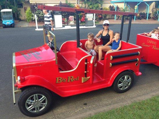 Cairns Coconut Holiday Resort: Fire truck kids