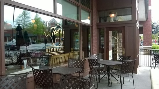 Ted's Montana Grill: Enjoy the patio