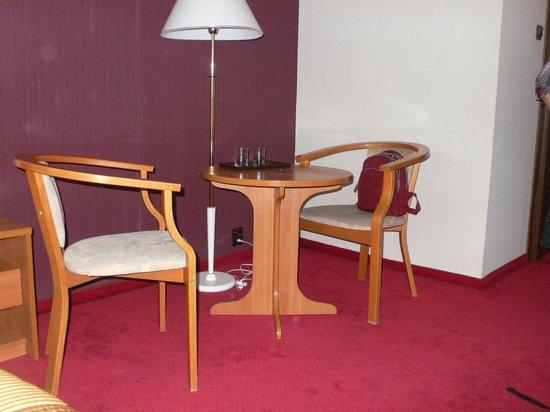 Hotel Wyspianski: чайный уголок