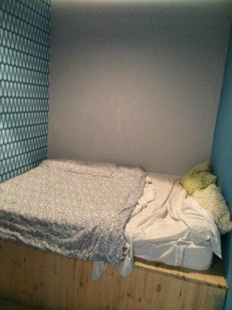 Fabrika Hostel & Gallery: 2er Zimmer