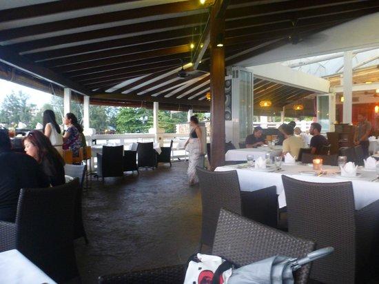 The Cliff Restaurant & Bar : Restaurant