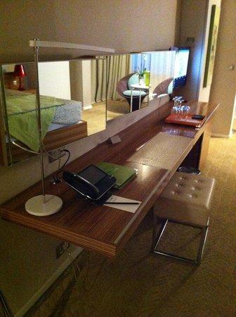 Le Grand Hotel: Room