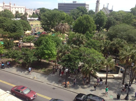 Francis Marion Hotel : Marion Square Farmers Market