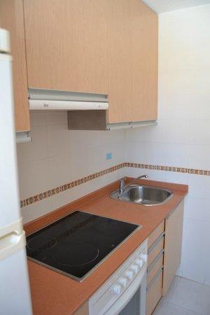 Fuentepark Apartamentos: Cocina