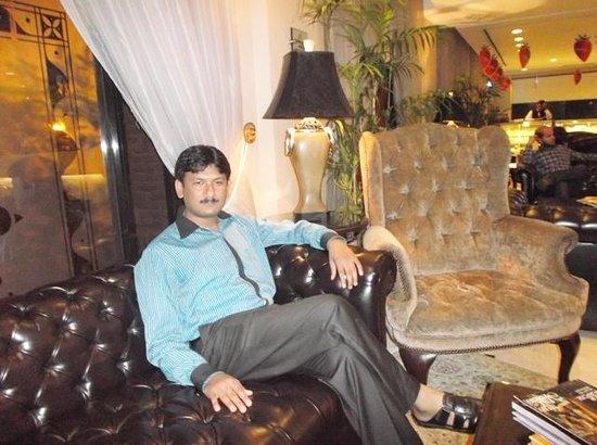 Hospitality Inn: Khurshid Anwar