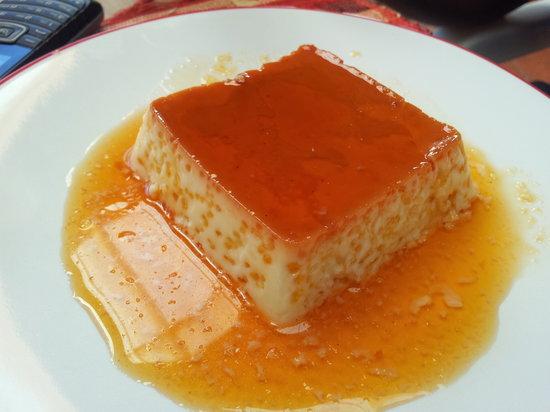 Au Stade - Pzzeria et Restaurant : Revisite d'une creme caramel au coco frais rapé .. un délice