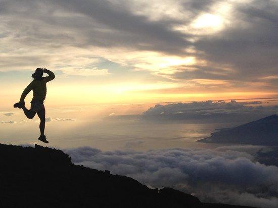 Haleakala Crater: 夕暮れ時、こんな写真を撮っている人がたくさんいました