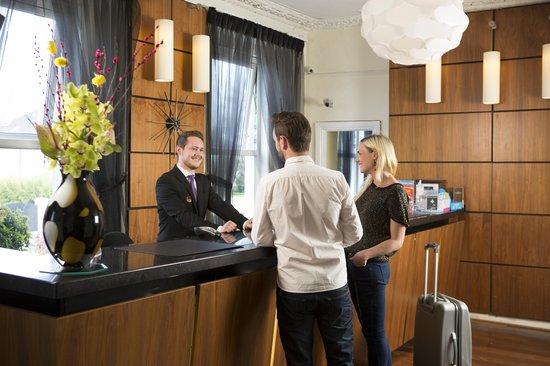 Sandymount Hotel: Reception